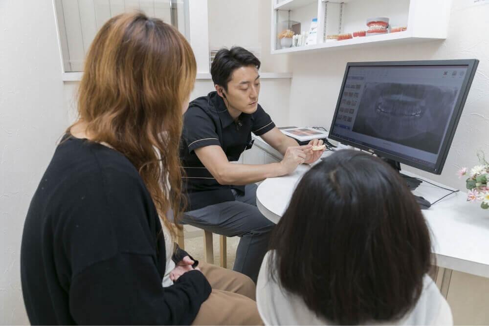詳しい口腔内の環境を画像で確認できる